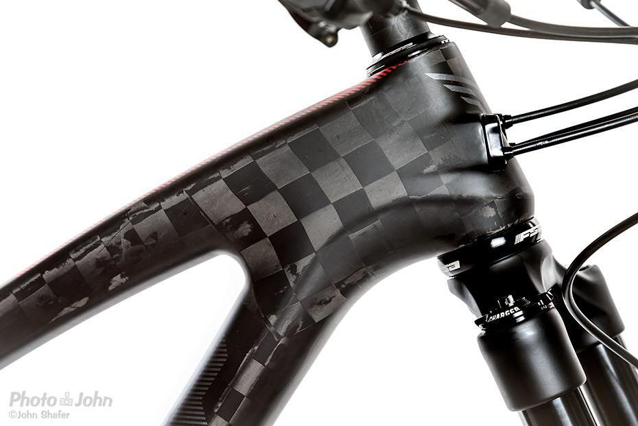 PJ-product-bike-carbon-detail