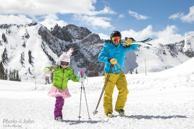 PJ-ski-alison-mike-hike