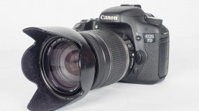 Canon EOS 7D DSLR For Sale