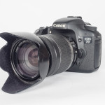 Canon EOS 7D DSLR & 18-200mm IS Zoom Lens
